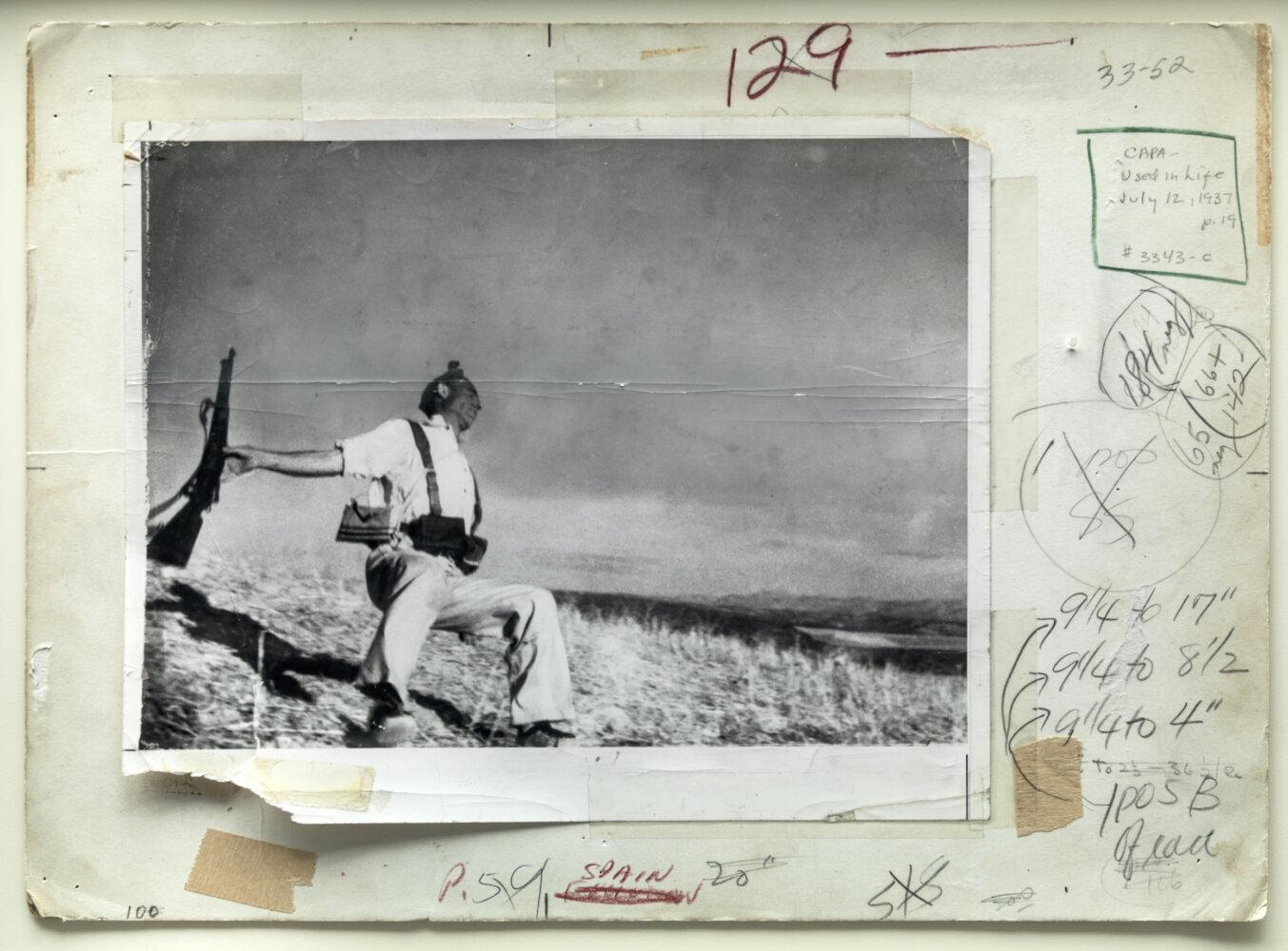 Robert Capa, Death of a loyalist militiaman, Córdoba front