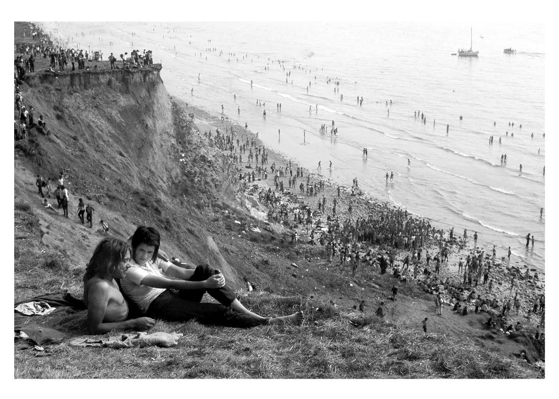 David Hurn, Isle of Wight Festival 1969 & 1970  Café Royal Books, 2021